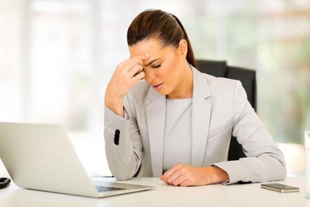 Los problemas visuales pueden afectar la productividad laboral